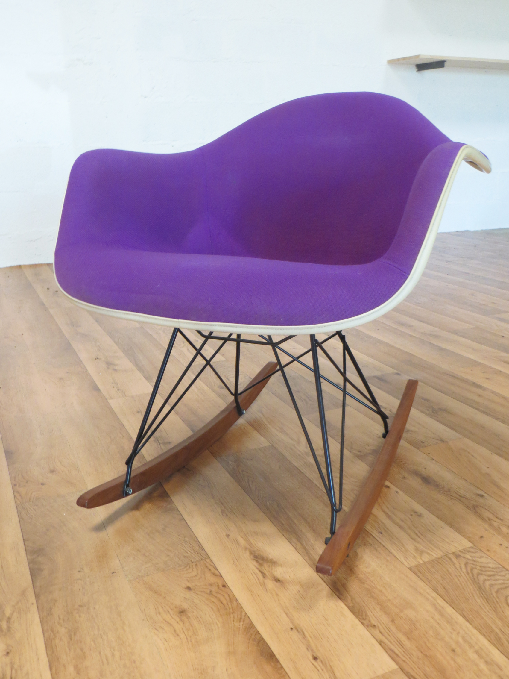 Fauteuil rar de charles ray eames 1960 magic sixties - Fauteuil charles eams ...